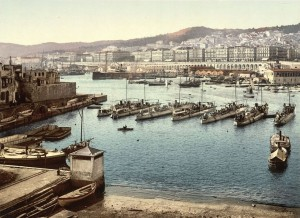 From the admiralty, Algiers, Algeria. Source : The Library of Congress, USA.